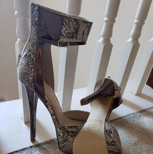"""""""Scene"""" 6"""" heels Sexy"""